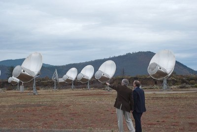 The Allen Telescope Array (ATA) built by the University of California, Berkeley and SETI (Search for Extra-terrestrial Intelligence).  This offset Gregorian design reflects incoming radio waves caught by the large parabolic dish onto the secondary parabolic reflector, which harvests the signal.  The telescope is tuned to a frequency range from 0.5 to 11.2 GHz and will eventually have 350 antennae (Image: Wikimedia Commons)